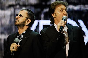 58ad5d3b1aff6 e3_expo2009_25_paul_mccartney_ringo_starr_the_beatles_rock_band